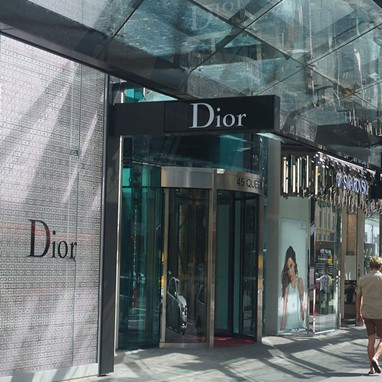 Parad-and-dior-9.jpg  45 Queen St - AMP Capital